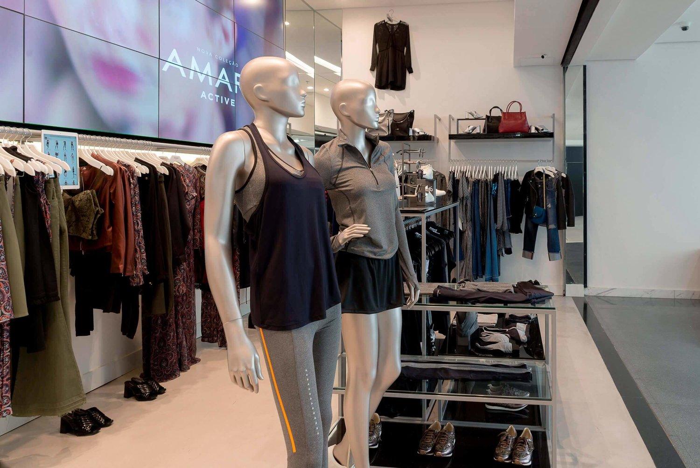 A loja não tem estoque e ajuda o comércio eletrônico a vender mais para os menos... 'ansiosos'. Foto: Amaro Guide Shop Paulista