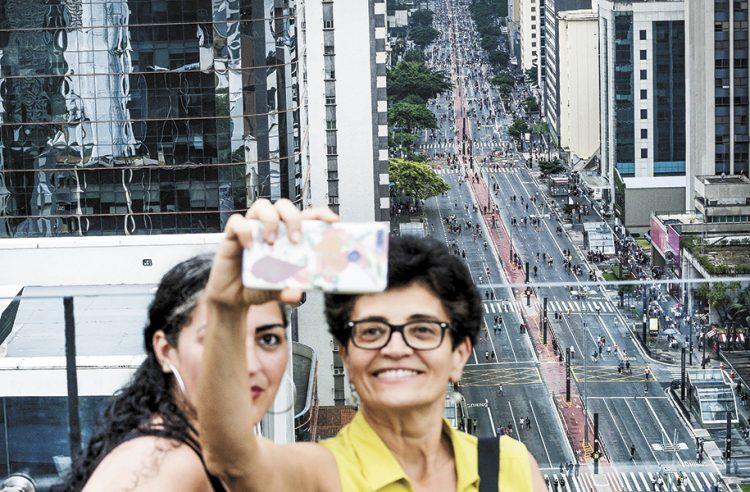 Domingo na Paulista. Foto: MARCO ANKOSQUI/AGÊNCIA ESTADO